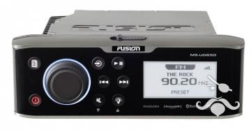 Fusion UD-650 Serisi USB / IPhone / Android Phone Oynatıcı